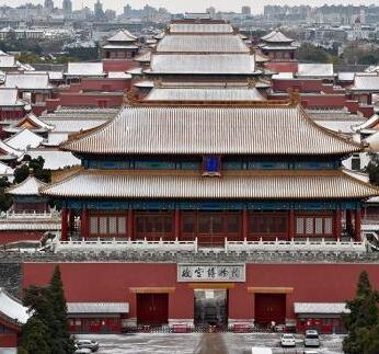 """故宫文创一年销售额超十亿 文化遗产如何""""活起来""""?"""
