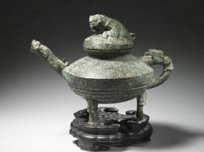 圆明园流失文物虎鎣在英国坎特伯雷拍卖行以41万英镑被拍卖
