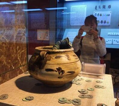 内蒙古首家钱币博物馆:讲述中国钱币史
